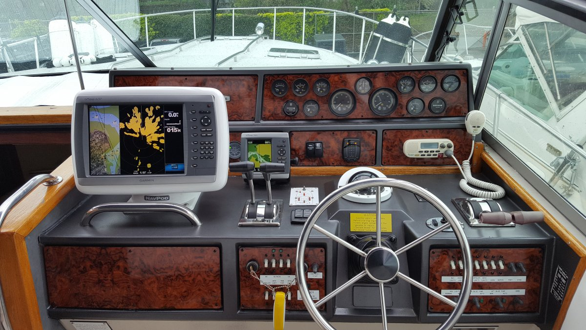 Sea Ray Dash after remodel.jpg